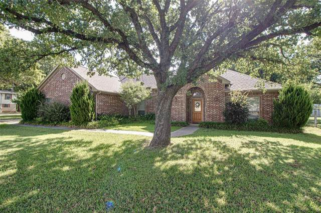 1184 County Road 3214, Bridgeport, TX 76426 (MLS #14396417) :: The Heyl Group at Keller Williams