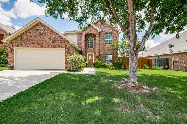 412 Vista Way Drive, Saginaw, TX 76179 (MLS #14396656) :: The Heyl Group at Keller Williams