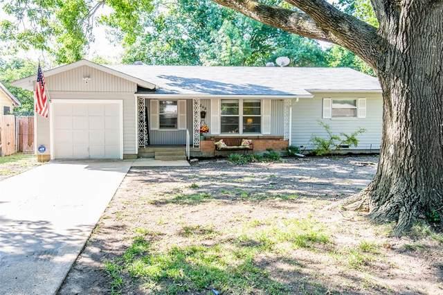 202 Pensacola Avenue, Waxahachie, TX 75165 (MLS #14396747) :: Team Tiller
