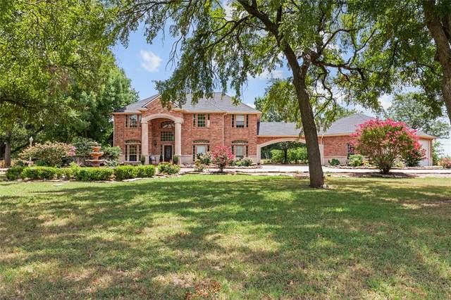 15179 State Highway 11, Whitewright, TX 75491 (MLS #14397082) :: The Mauelshagen Group