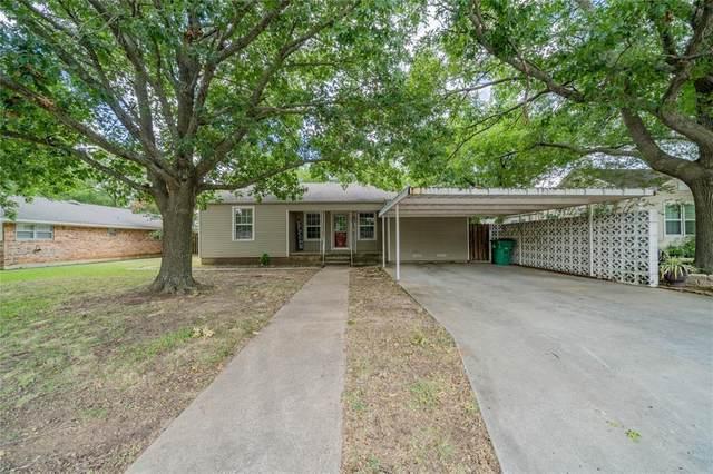 415 N Hickory Street, Muenster, TX 76252 (MLS #14397232) :: NewHomePrograms.com LLC