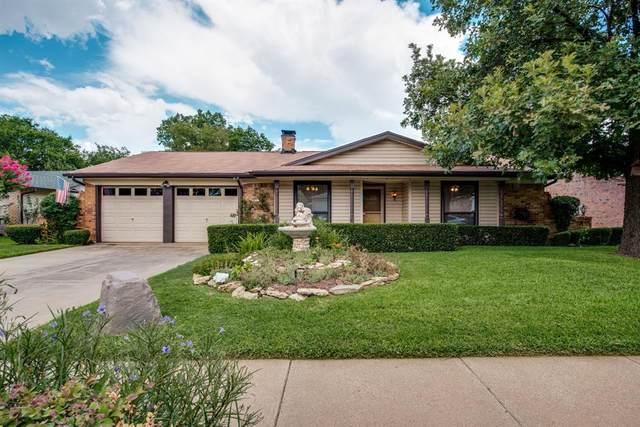 2713 Concord Drive, Arlington, TX 76014 (MLS #14397928) :: Frankie Arthur Real Estate
