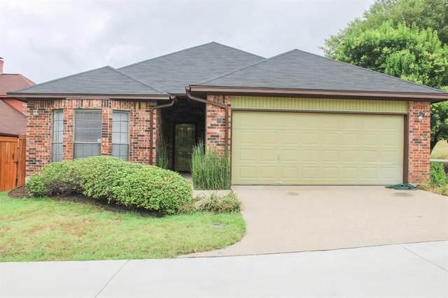 78 Legend Road, Benbrook, TX 76132 (MLS #14398148) :: Frankie Arthur Real Estate