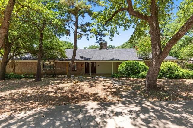 1603 N Main Street, Euless, TX 76039 (MLS #14398974) :: The Chad Smith Team