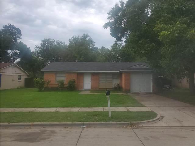 2012 Ruth Street, Arlington, TX 76010 (MLS #14399135) :: RE/MAX Pinnacle Group REALTORS