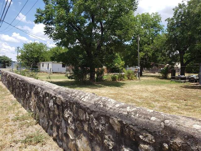 608 S Austin Street, Comanche, TX 76442 (MLS #14399252) :: Potts Realty Group