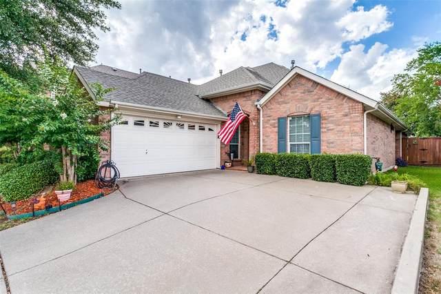 8004 Twin Oaks Drive, Mckinney, TX 75070 (MLS #14399478) :: NewHomePrograms.com LLC