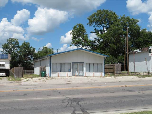 413 E Wise Street, Bowie, TX 76230 (MLS #14399728) :: The Hornburg Real Estate Group