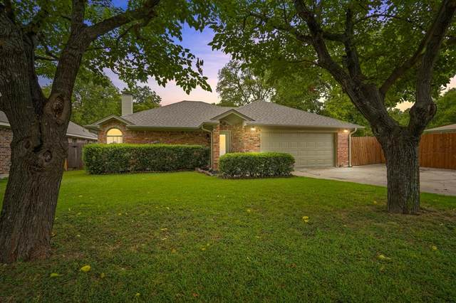 7821 Tacoma Drive, White Settlement, TX 76108 (MLS #14399974) :: North Texas Team | RE/MAX Lifestyle Property