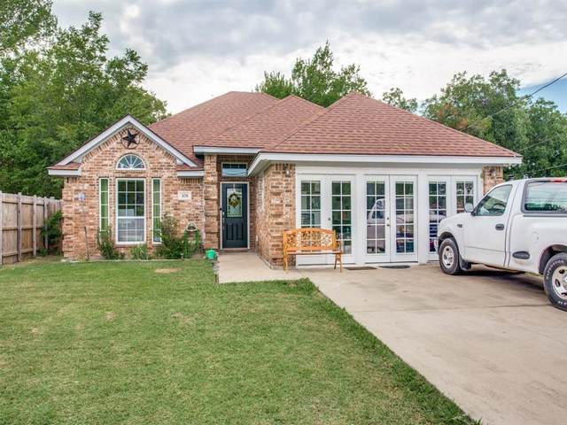 308 Meadow Park Drive, White Settlement, TX 76108 (MLS #14400152) :: North Texas Team | RE/MAX Lifestyle Property