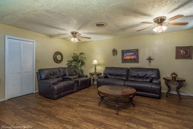 1034 Westview Drive, Abilene, TX 79603 (MLS #14400162) :: The Heyl Group at Keller Williams