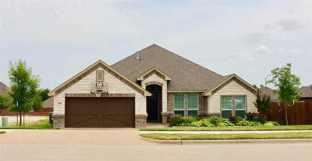 11009 Wanamaker Drive, Benbrook, TX 76126 (MLS #14400671) :: The Heyl Group at Keller Williams