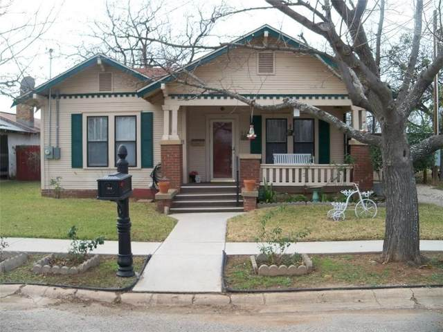 914 S Neches, Coleman, TX 76834 (MLS #14400759) :: Maegan Brest   Keller Williams Realty