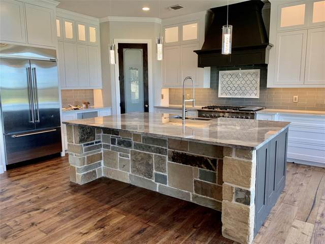 220 Reata Ranch Drive, Weatherford, TX 76088 (MLS #14400890) :: Maegan Brest | Keller Williams Realty