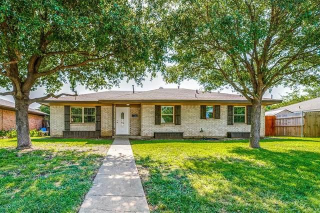 1721 Santa Cruz Court, Grand Prairie, TX 75051 (MLS #14400925) :: The Heyl Group at Keller Williams