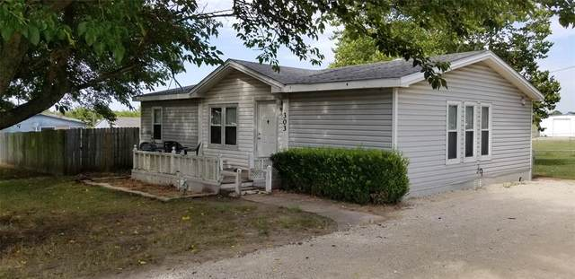 303 Dusty Lane, Southmayd, TX 75092 (MLS #14400930) :: The Heyl Group at Keller Williams
