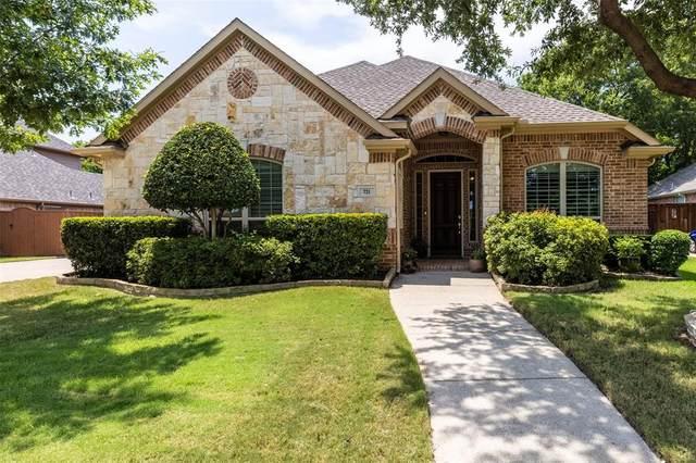 721 Crestfield Drive, Flower Mound, TX 75022 (MLS #14401234) :: Frankie Arthur Real Estate