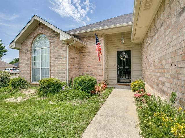 2140 Lisa Circle, Canton, TX 75103 (MLS #14401515) :: The Mitchell Group