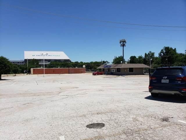 601 Stadium Drive, Arlington, TX 76011 (MLS #14401550) :: RE/MAX Pinnacle Group REALTORS