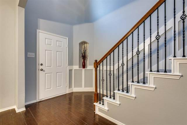 1220 Castlegar Lane, Fort Worth, TX 76247 (MLS #14401685) :: The Kimberly Davis Group