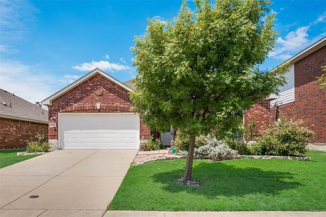 2068 Meadow View Drive, Princeton, TX 75407 (MLS #14401807) :: The Heyl Group at Keller Williams