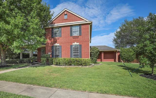 8412 Grand View Drive, North Richland Hills, TX 76182 (MLS #14401868) :: The Kimberly Davis Group