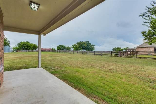107 High View Court, Decatur, TX 76234 (MLS #14401889) :: The Mauelshagen Group