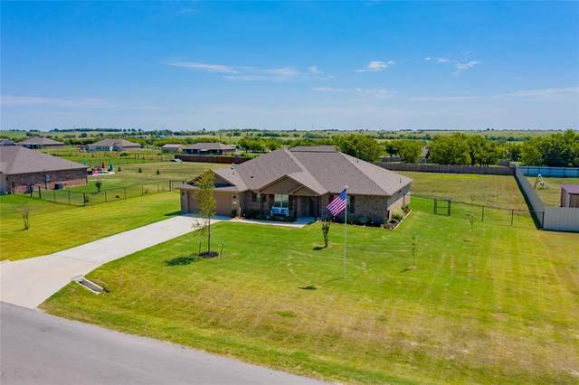 189 Hillcrest Lane, Decatur, TX 76234 (MLS #14402001) :: The Mauelshagen Group