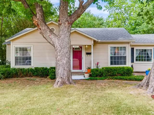 907 Coit Street, Denton, TX 76201 (MLS #14402350) :: The Mauelshagen Group