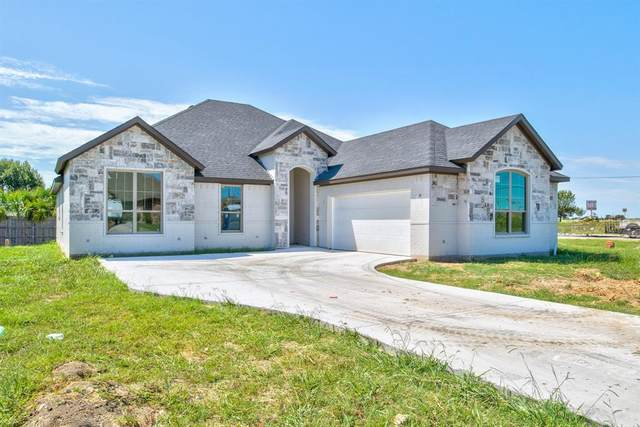 1601 Hawthorne Street, Cleburne, TX 76033 (MLS #14402407) :: The Hornburg Real Estate Group