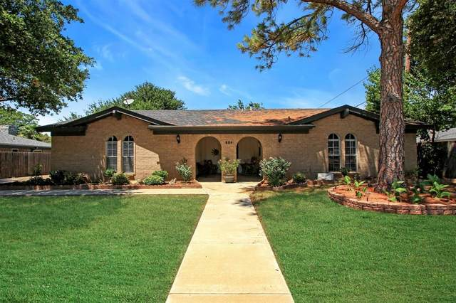 228 E Pleasantview, Hurst, TX 76054 (MLS #14402413) :: NewHomePrograms.com LLC