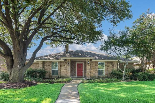 6022 White Rose Trail, Dallas, TX 75248 (MLS #14402438) :: Frankie Arthur Real Estate