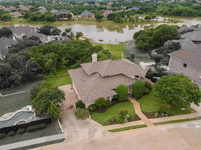 2985 Lakeside Drive, Highland Village, TX 75077 (MLS #14402579) :: The Rhodes Team