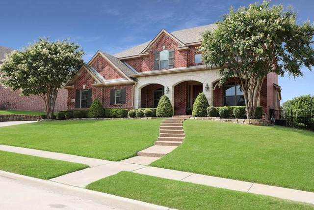 4004 Hook Bill Drive, Mckinney, TX 75072 (MLS #14402677) :: NewHomePrograms.com LLC
