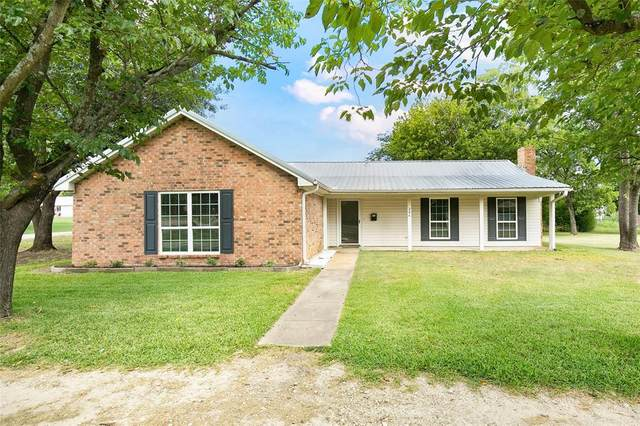 204 S 1st Street, Wills Point, TX 75169 (MLS #14402786) :: The Heyl Group at Keller Williams