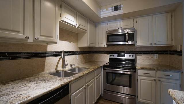 2301 Balsam Drive M107, Arlington, TX 76006 (MLS #14403023) :: The Hornburg Real Estate Group
