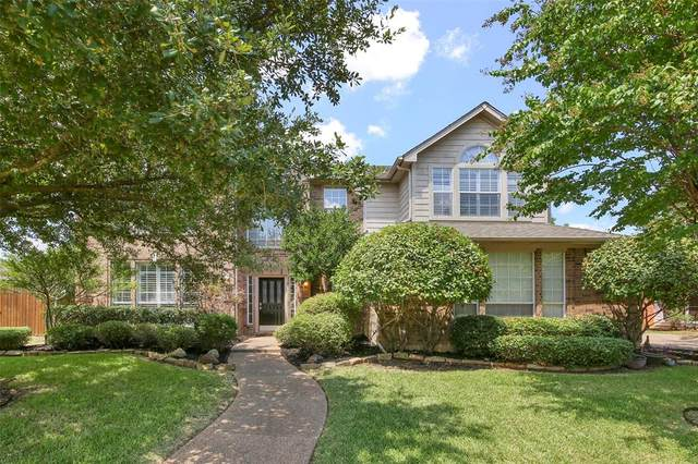 8901 Trails Edge Drive, North Richland Hills, TX 76182 (MLS #14403424) :: The Heyl Group at Keller Williams