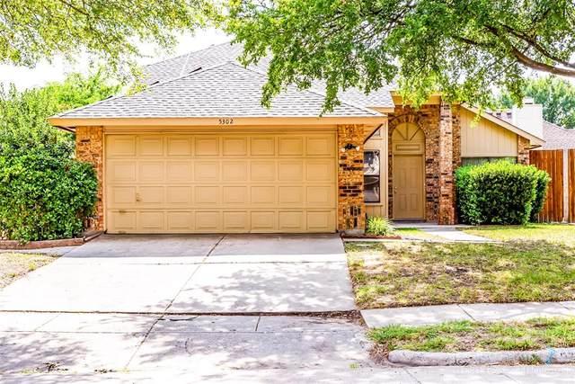 5302 Sherburne Drive, Arlington, TX 76018 (MLS #14404342) :: The Chad Smith Team