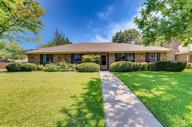 2400 Glen Forest Lane, Plano, TX 75023 (MLS #14404792) :: Maegan Brest | Keller Williams Realty