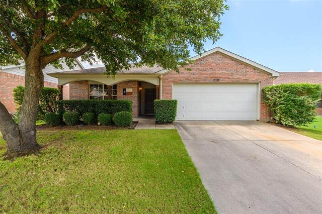 8920 Wagon Trail, Cross Roads, TX 76227 (MLS #14404931) :: The Heyl Group at Keller Williams