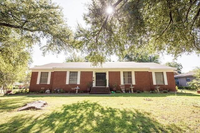 702 Texas Street, Sulphur Springs, TX 75482 (MLS #14405070) :: HergGroup Dallas-Fort Worth