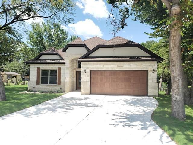 417 Oakwood Street, Azle, TX 76020 (MLS #14405147) :: Real Estate By Design