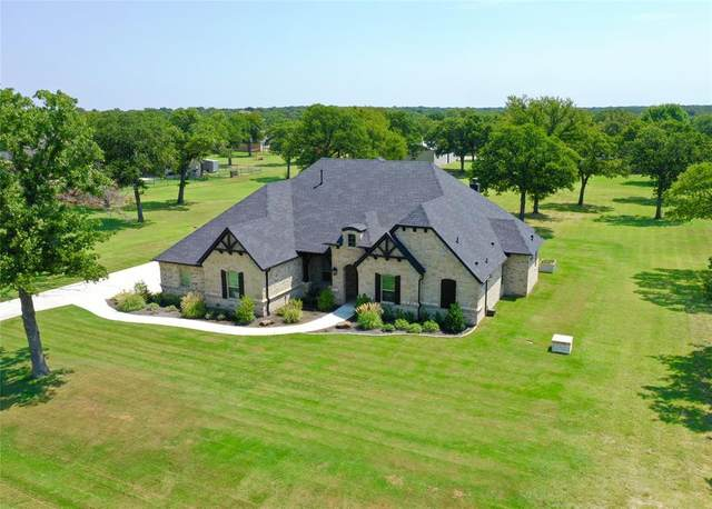 120 Mission Oak Trail, Decatur, TX 76234 (MLS #14405160) :: The Mauelshagen Group