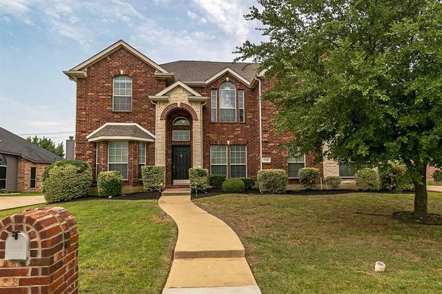 1201 Manchester Drive, Mansfield, TX 76063 (MLS #14405275) :: The Heyl Group at Keller Williams