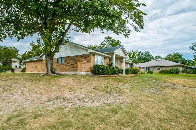 1803 Hillcrest Drive, Plano, TX 75074 (MLS #14405410) :: Maegan Brest | Keller Williams Realty