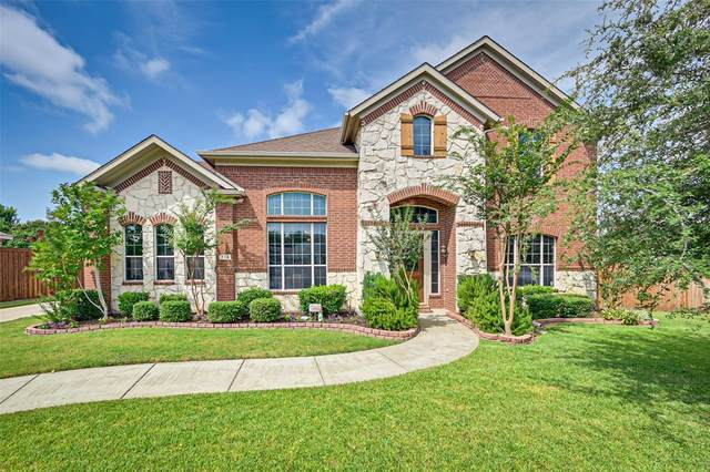 713 Walnut Hollow Drive, Mansfield, TX 76063 (MLS #14405418) :: The Heyl Group at Keller Williams