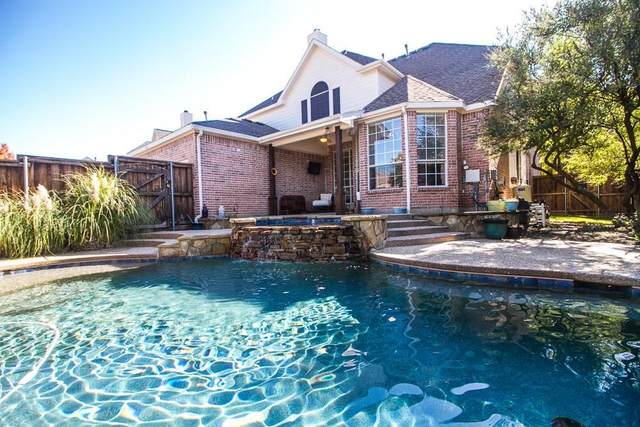 7680 Red Clover Drive, Frisco, TX 75033 (MLS #14405527) :: EXIT Realty Elite