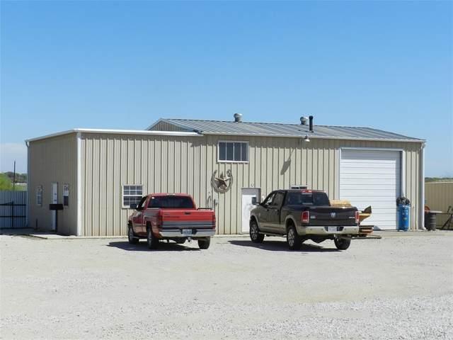 703 S Wickham Street, Alvord, TX 76225 (MLS #14405598) :: The Hornburg Real Estate Group