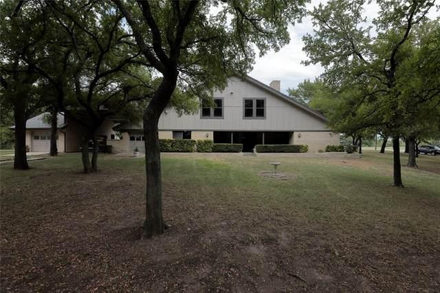 313 Lakeview Drive, Runaway Bay, TX 76426 (MLS #14406094) :: The Mauelshagen Group