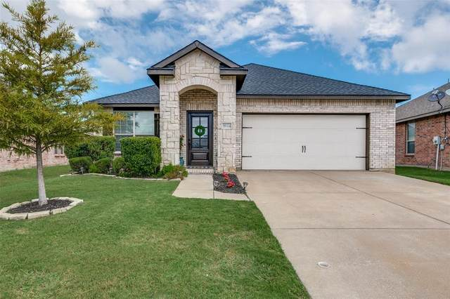 5844 Mount Plymouth Point, Fort Worth, TX 76179 (MLS #14406103) :: The Kimberly Davis Group